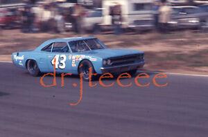 1971 NASCAR Richard Petty PLYMOUTH - 35mm Racing Slide