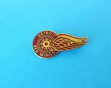 DETROIT RED WINGS - Usa ice hockey club old enamel pin * NHL league