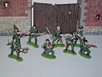 SHARPES RIFLES 1/32 scale plastic  Napoleonic soldiers x8 hand painted