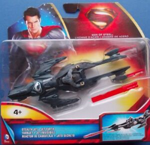 Superman - Man Of Steel - Stealth Jet/Launching Missile - Y5884