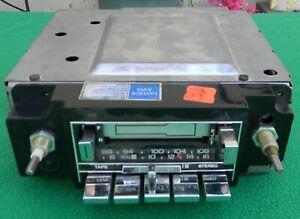 Vintage GM Delco AM FM Cassette Stereo Radio 16008160 1978 -87 Camaro Firebird