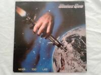 STATUS QUO - NEVER TOO LATE   - LP/VINILO - ESPAÑA - 1981 -  (EX/NM - R)