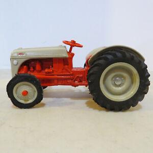Ertl Ford 8N Tractor   1/16  FD-843-G