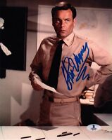 ROBERT WAGNER SIGNED AUTOGRAPHED 8x10 PHOTO MIDWAY BECKETT BAS