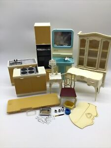 '78 Marx Sindy Doll Furniture Lot Eastham Kitchen Wall Oven Sink Cabinets Chair