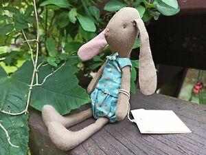 Maileg mini Brown Bunny Hase Schlappohr braun Flower Suit Blumen Kleid petrol