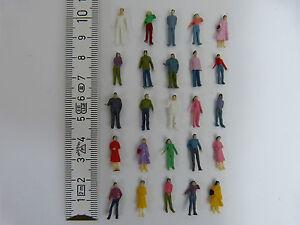 25 Stück Figuren H0 1:87 NEU Modellbahn bemalt