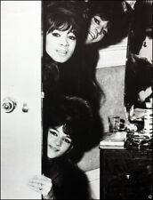 THE RONETTES POSTER PAGE . PHIL SPECTOR. BE MY BABY . BABY I LOVE YOU . 8Q9