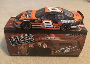 #8 TONY STEWART 3 DOORS DOWN CHANCE 2 2003 MONTE CARLO 1:24 ACTION