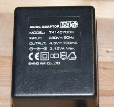 T4145700D Netzteil Netzadapter 4,5V 700mA Ladegerät Stromstecker NORMAL + -