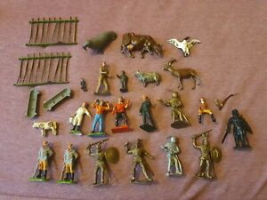 Mixed Lot of Britains Lead & Plastic Animals, Knights, Farm, Fence, Zoo Etc