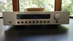 B&K REFERENCE 5 S2 PREAMPLIFIER TUNER
