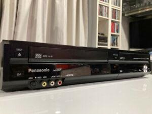 Excellent PANASONIC DMR-EZ47V VCR DVD Recorder. Copy VHS to DVD. HDMI output