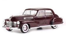Cadillac Fleetwood Séries 60 Spécial Rouge Foncé - 1941  1/18 MODELCAR GROUP