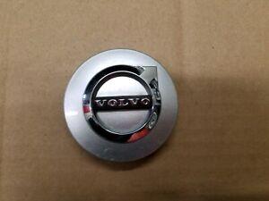 Volvo OEM 2002-2020 S60 S90 V60 V90 XC60 XC90 Silver Center Cap Cover 31471435