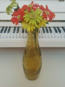 15.5 INCH AMBER YELLOW THICK GLASS FLOOR VASE WITH RAISED DAFFODILS DESIGN 5 LBS