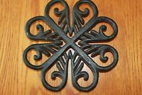 Trivet Cast Iron Virginia Metalcrafters Metropolitan Museum of Art Clover leaf