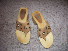 "NICOLE WOODEN FOOTBED THONG ""CALEY"" THONG SANDALS 7M"