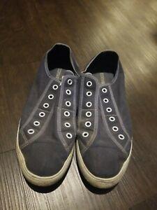 converse slip on 11