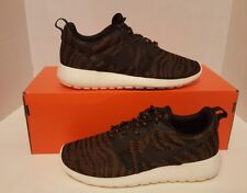 NIKE ROSHE RUN KJCRD Bronz/Blk/Sail/Wht WOMEN'S SZ 7 NEW 705217-700 AIR MAX QS