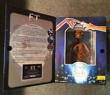 """E.T. Extra Terrestrial 20th Anniversary 12"""" Collectible Figure ToysRus Exclusive"""