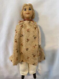 """DRC 6""""  White Ash & Resin Hitty-Kin Doll"""