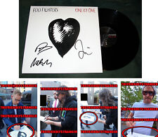 "FOO FIGHTERS signed ""ONE BY ONE"" Album EXACT PROOF Dave Grohl, Taylor, Nate COA"