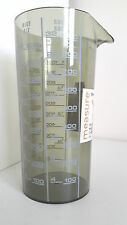 Wet & Dry Measuring Cylinder with metric / imperial liquid measurements & spout