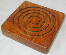 NEW TRADITIONAL WOODEN SQUARE MAZE LABYRINTH PUZZLE WITH THREE BALLS