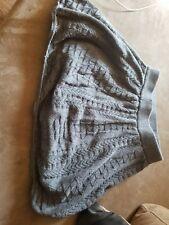Preowned Old Navy girls gray skirt size med