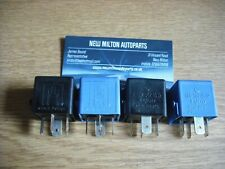 4 x MERCEDES BENZ  W168 W169  A CLASS  W414  VANEO  GENUINE MERC  RELAYS