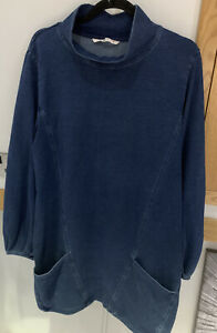 WOMENS DARK BLUE DENIM ARTISTS DRESS SMOCK. Size 16 PERFECT FRONT POCKETS SOFT