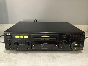 JVC XL-SV22 Stereo HiFi Karaoke CD, DVD, VCD, CDG, CDR, CDRW Player