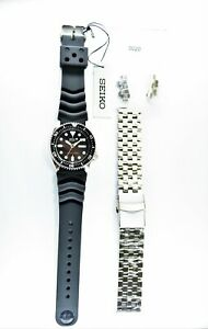Seiko Black SKX Diver's 200M Rubber+Engineer II  316L S/S Strap Watch SKX007K1
