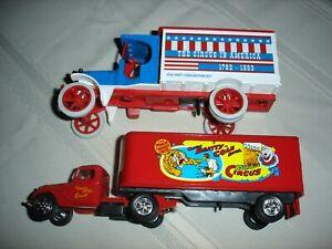 ERTL Diecast Bank 2 Trucks total CIRCUS Trucks NIB