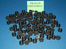 Lot of 100 Heyco UB-875 Knock-Out Snap-In Bushing UB875