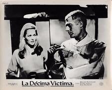"""Marcelo Mastroianni, Ursula Andress """"La Decima Vitima"""" vintage still"""
