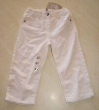 Pantalones blancos tamaño nuevo 18 meses marca Grain de Blé con la etiqueta