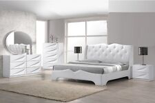 White Modern 4pc Bedroom Set Queen Size Bed Leather Exterior Headboard