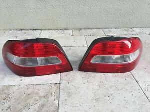 MINT 2003-04 VOLVO C70 TAIL LIGHT PAIR LEFT-RIGHT FACE LIFT