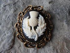 2 IN 1 SCOTTISH THISTLE CAMEO ANTIQUE GOLD BROOCH / PIN / PENDANT - SCOTLAND