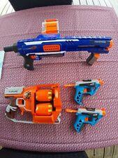 Lot de 4 pistolets NERF + Fléchettes
