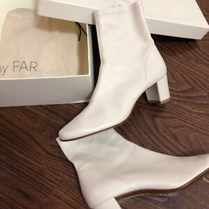 By far Sofia Boots in White size EUR 39 US8