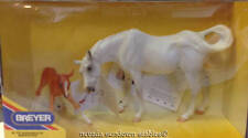 Breyer Collectable Horses Sucecion & LeFire Nuzzling Mare & Foal Set