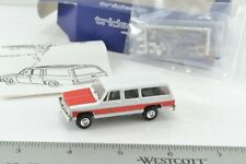 Trident 90057 Chevrolet Suburban Fire Department Truck 1:87 Scale HO