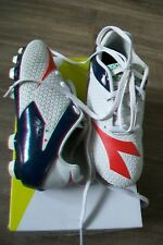 Diadora-boys football boots.UK 12/13 kids(EU 30,5/31,5).Slightly used.RRP 44 £.