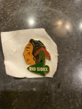 UND SIOUX PIN INDIAN NATIVE AMERICAN