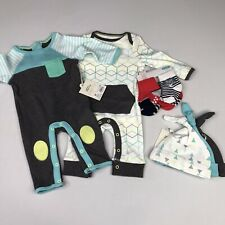 Cloud Island & Carters Baby Boy NB Romper, Socks, & Hats Outfit Lot Blue/Green