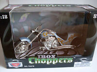 Iron Choppers blau (2), Custom Chopper, MotorMax Motorrad Modell 1:18