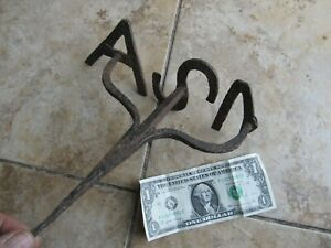 LG. EARLY Antique Western Branding Iron w/Handle, BLACKSMITH MADE LETTERS, Gift